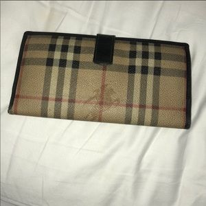 Burberry wallet. Outside in great condition